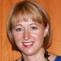 Dr Judit  Molnar
