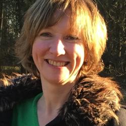 Dr Monique   Gangloff