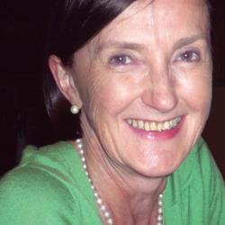 Dr Pamela  Ewan