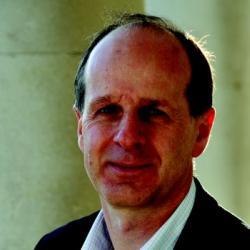 Dr Raymond   Bujdoso