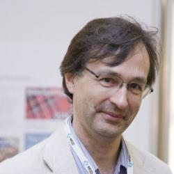 Dr Robert  Busch