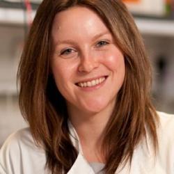 Dr Jacqueline   Shields