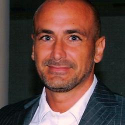 Dr Stefano  Pluchino
